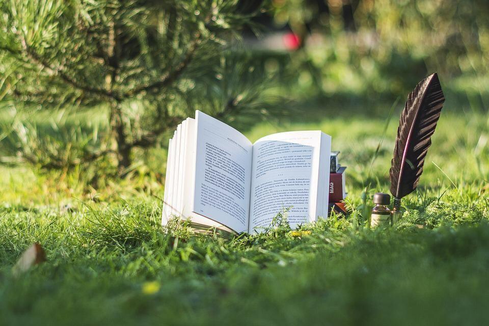 کدام کتاب ها کمک می کنند احساس مثبتی داشته باشم