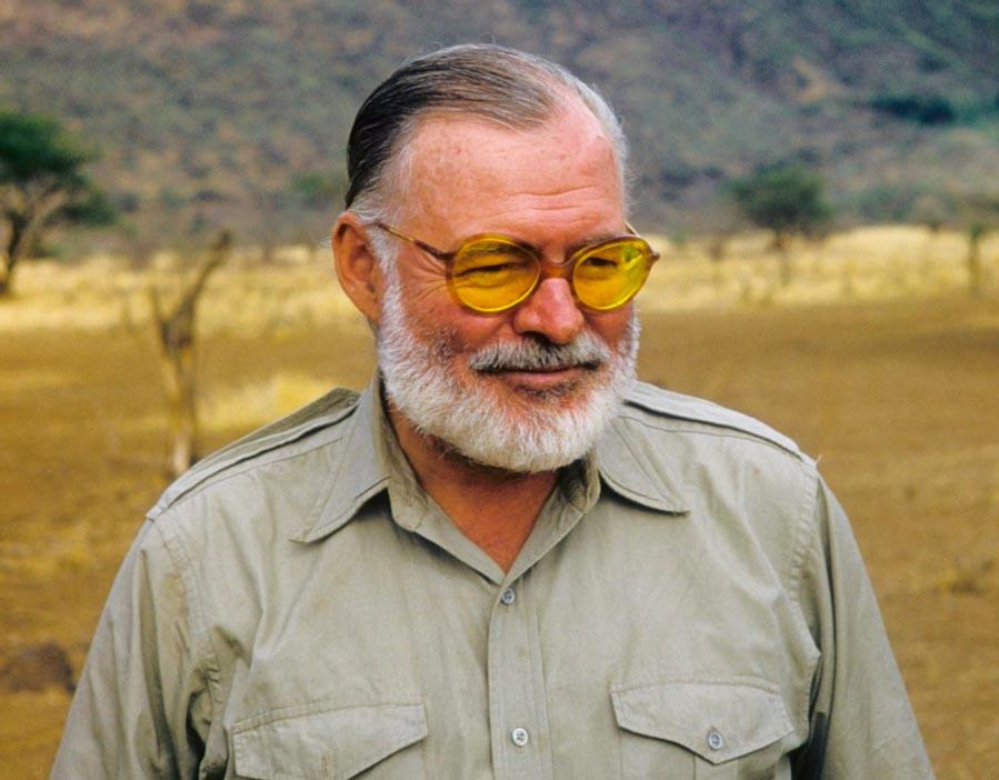 ارنست همینگوی نویسنده آمریکایی