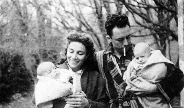 آلبر کامو فرانسیس فور دو فرزندانشان