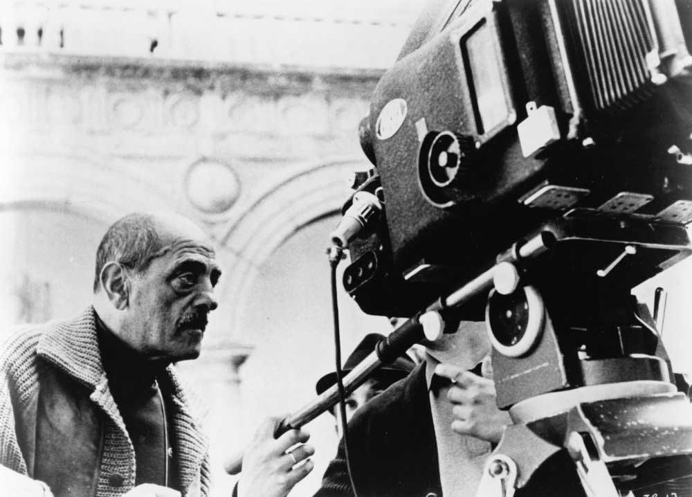 لوییس بونوئل فیلم ساز اسپانیایی